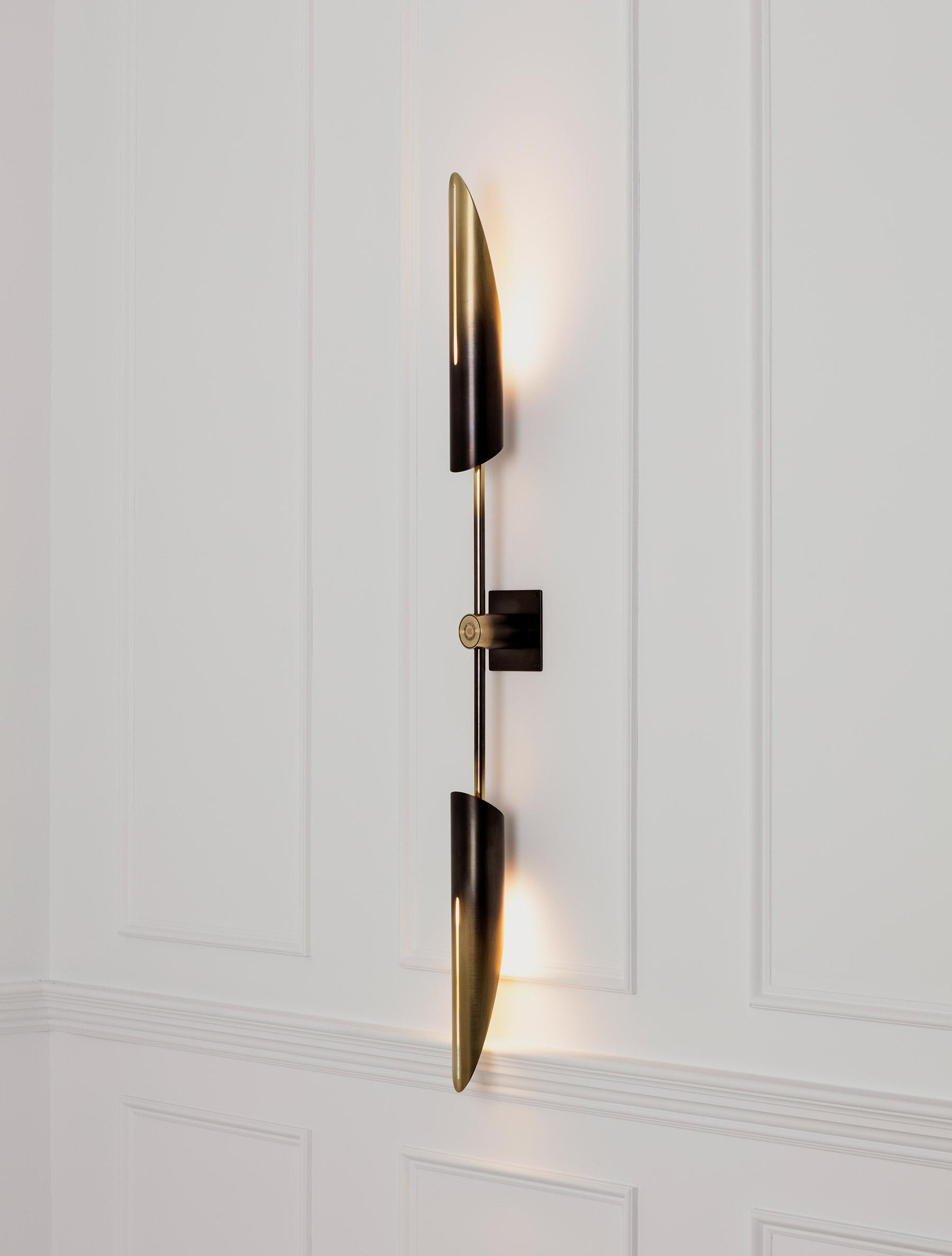 "Voyager 17"" Dual Sconce shown in Gradient"